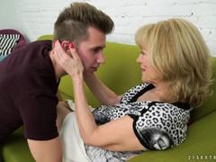 Онлайн порно бесплатно бабушки зрелые