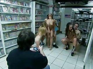 Самые молодые порно модели